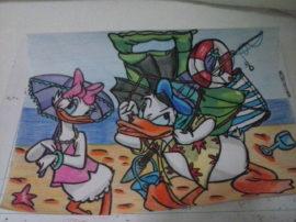 Disegno Paperino con matite colorate arte mediajob