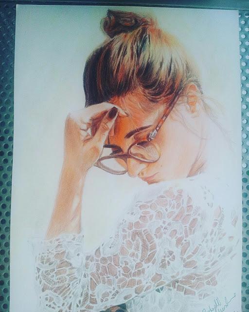 MASSIMO REDAELLI Ritratto di ragazza col pizzo pastelli Faber Castell su foglio A4 Fabriano 24 × 33