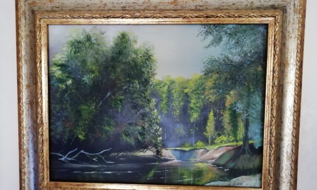 Fiume nel bosco dipinto